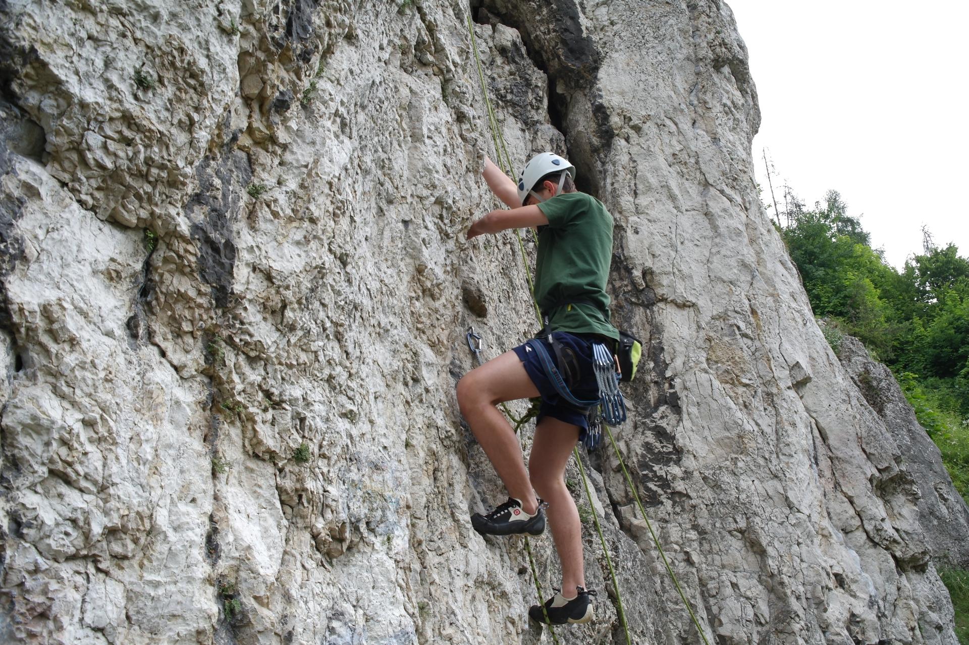 Letos se mladí lezci do této země podívali už počtvrté a jako každým rokem  si zvolili téma jejich aktivit. 0273aefe7f9