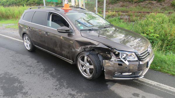 Zřejmě mikrospánek a chvilková nepozornost zapříčinily pondělní dopravní nehody na Jesenicku