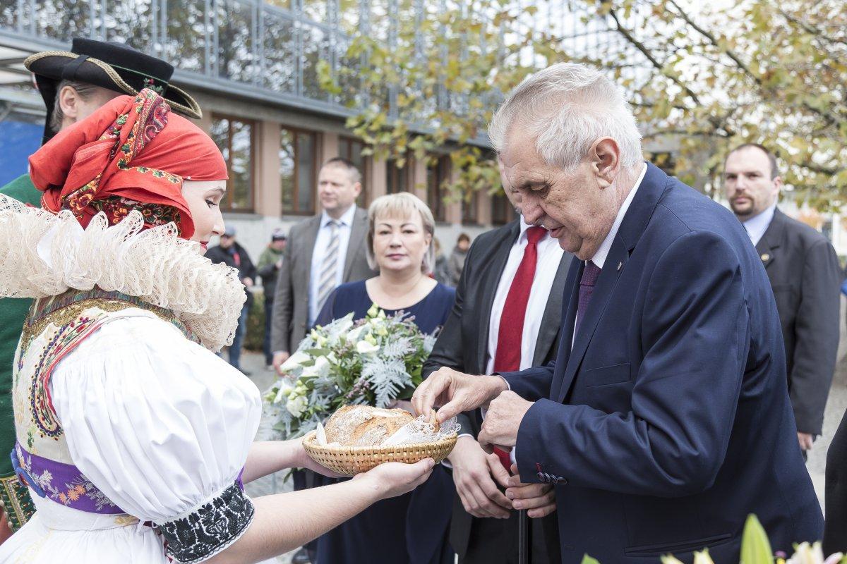 Prezident navštíví Mikulovice i nejvyšší horu Moravy