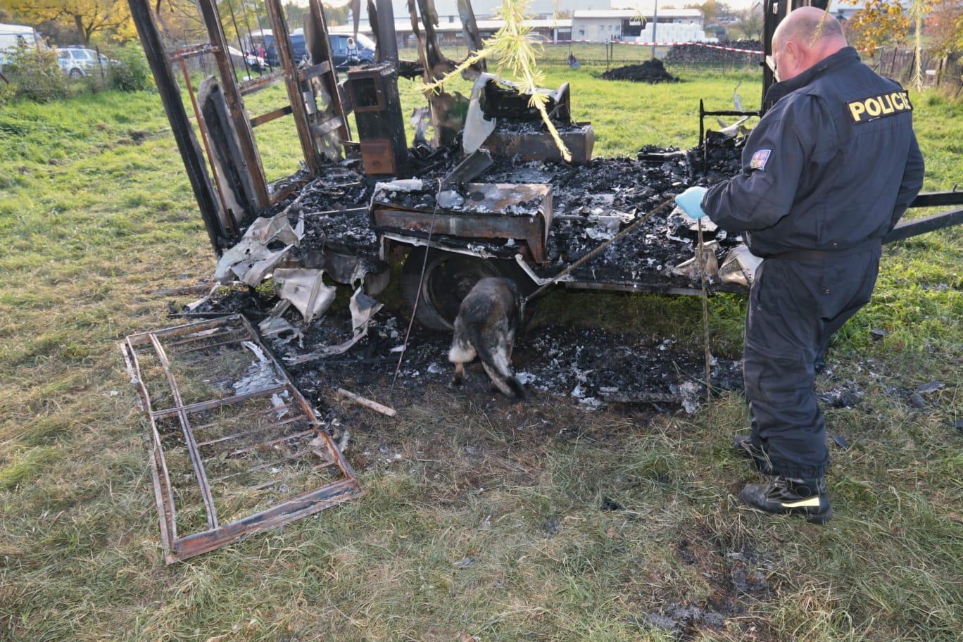 Jeseničtí policisté vyšetřují dva požáry, ke kterým došlo tento víkend na Jesenicku