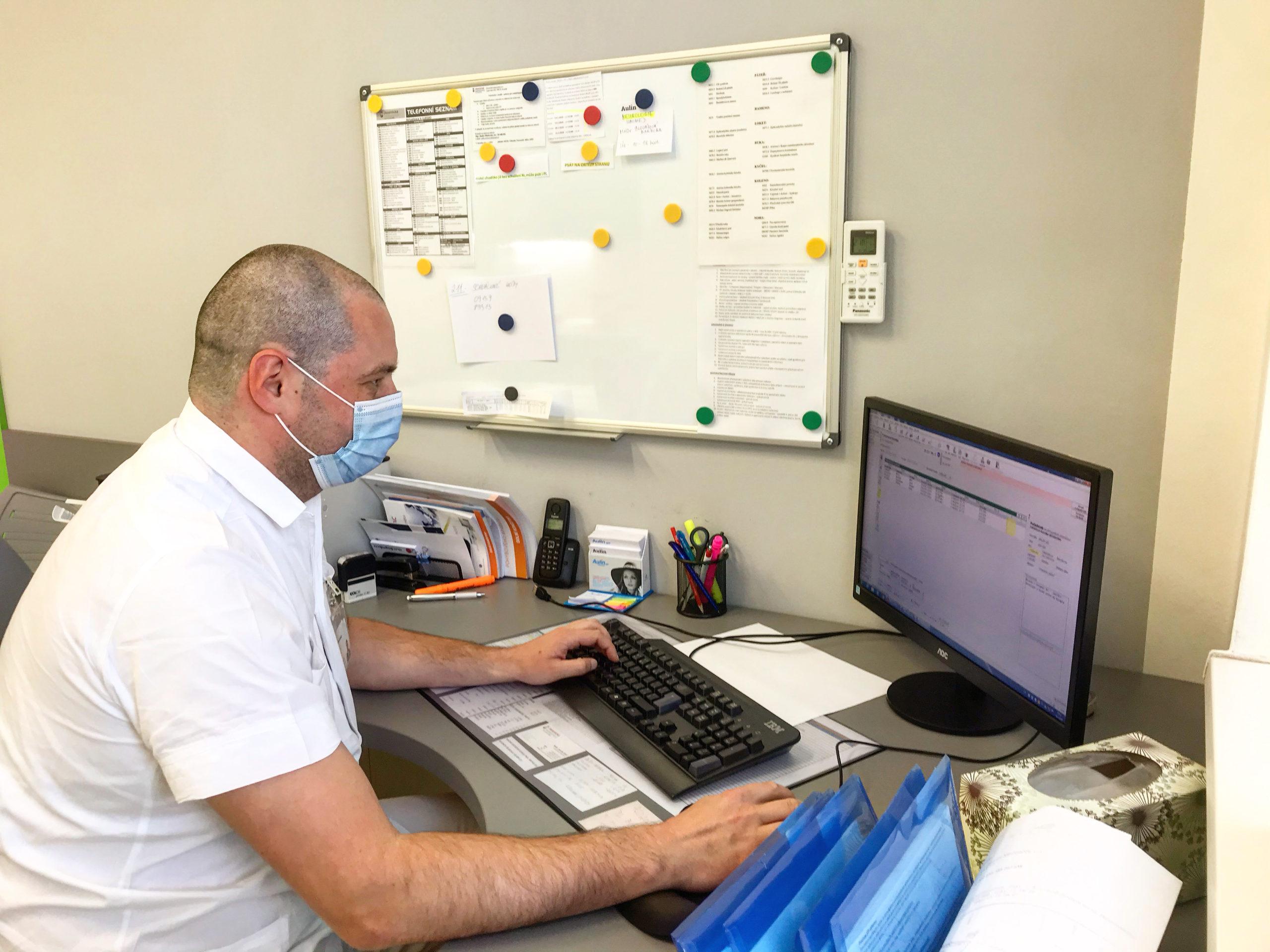 Ortopedi vJesenické nemocnici využívají špičkovou ultrazvukovou diagnostiku, zkvalitní tak péči o pacienty