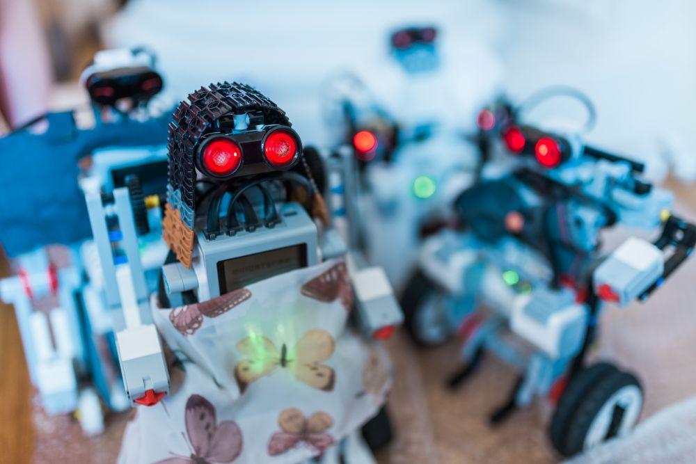 Žáci bodují na mezinárodní úrovni ve virtuální realitě a robotice. Díky 5G sítím budou ještě úspěšnější